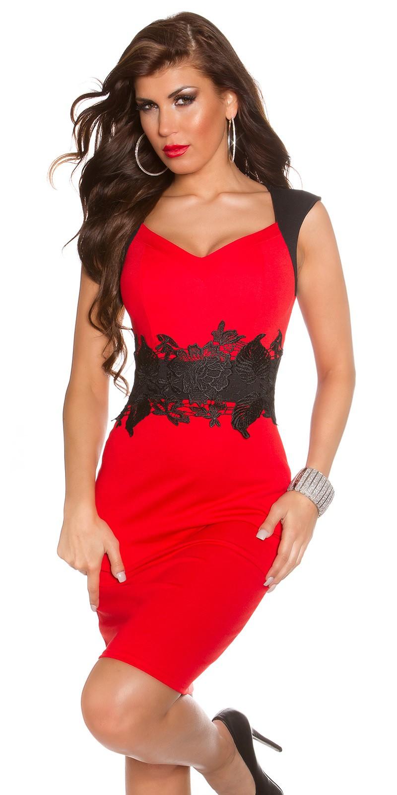 Koktejlové šaty s krajkou Koucla červené