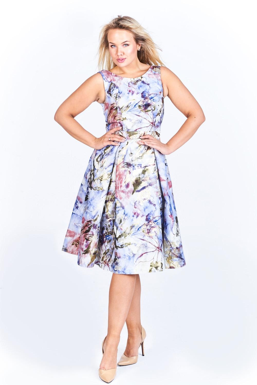 7435f4c106c Koktejlové šaty SISA vícebarevné