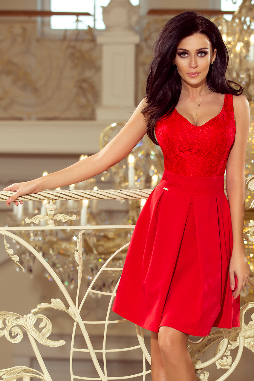 bf85cd8caa09 Dámské šaty s krajkovým výstřihem Numoco 208-2 červené