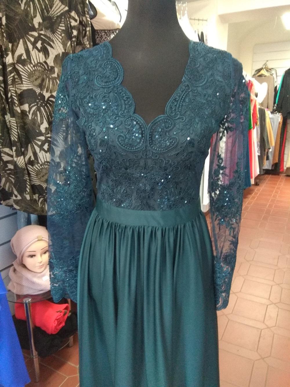 Dámské večerní šaty Leila petrolejové  ee7e601e96d