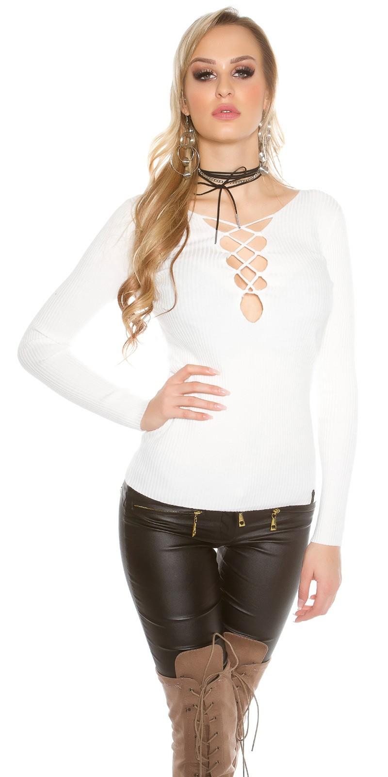 Pletený svetr se sexy výstřihem Koucla bílá